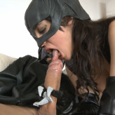 Ana Marco se transforma en cat woman