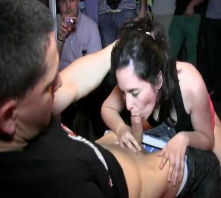 La liamos a lo grande en el Salon Erotico de Valencia