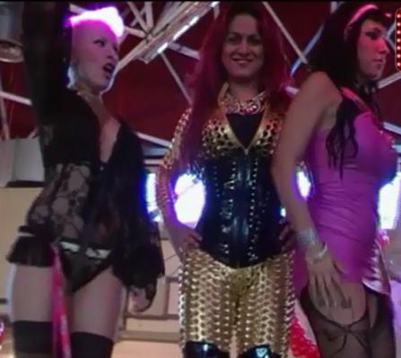 Vídeo de Helly Doll en Explicital en el Salón Erótico de Barcelona 2013.