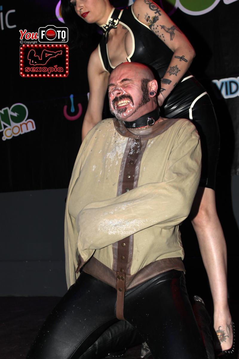 Mistress Minerva y Luis Pardo en Erotic Festival Tour en Reus (Tarragona)