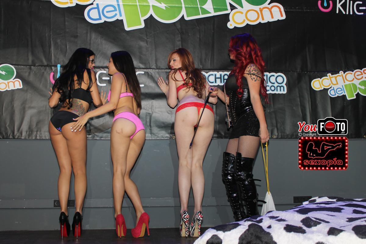 "Show en Erotic Festival Tour en Reus ""Camila Montalbán, Carolina Abril, Bianca Resa y Julia de Lucia"""